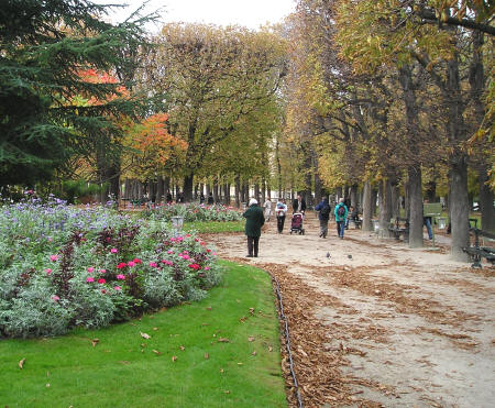 Automn in Paris France