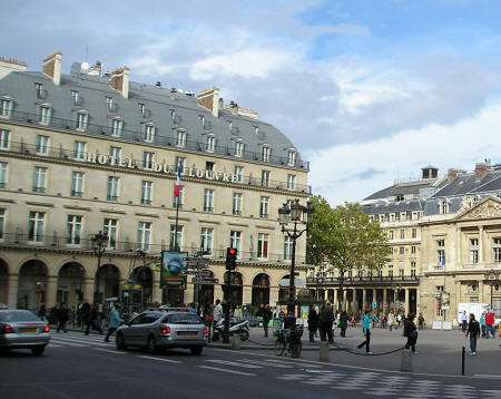 Hotels in the Louvre District of Paris France